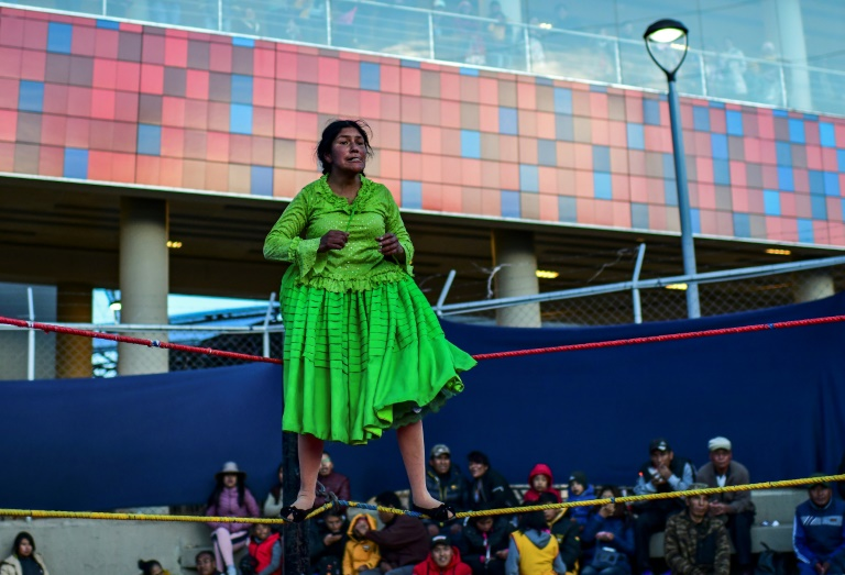 Bolivia's women wrestlers back in the ring after unrest
