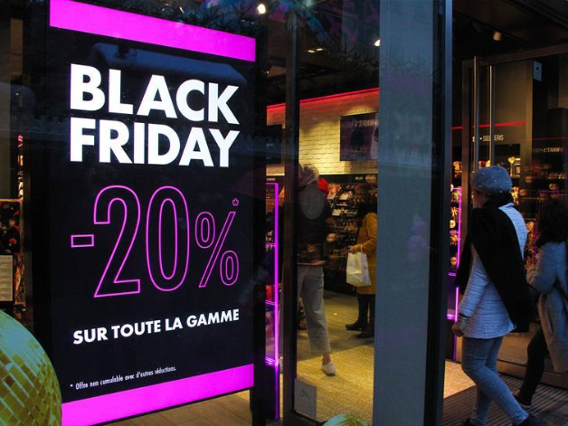 Shops prepare for upcoming 'Black Friday' in Brussels