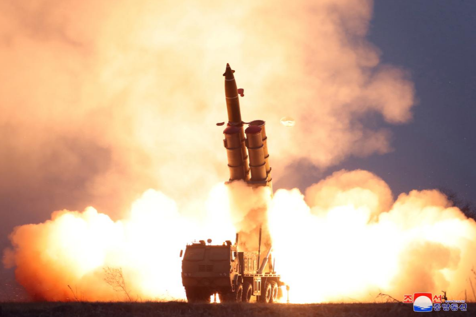 Top DPRK leader inspects test-firing of rocket system: KCNA