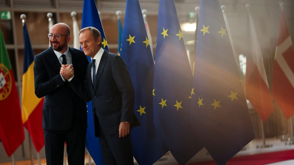 EU's Tusk, Juncker bow out, new team to move in