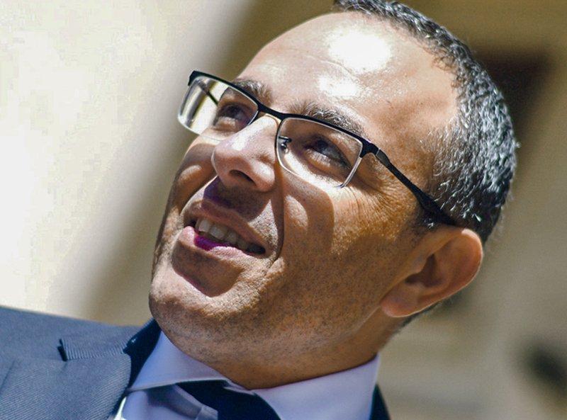 Family of slain journalist presses Malta's PM to resign