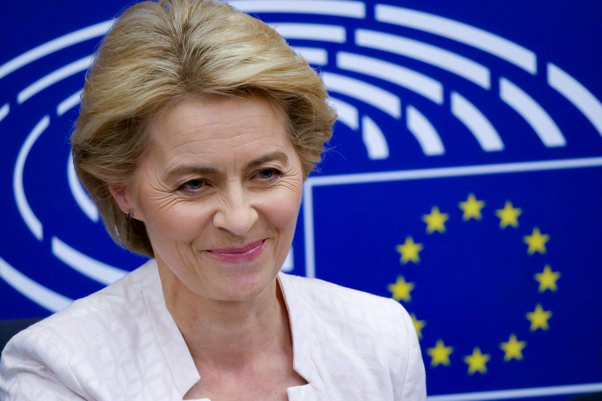 Li, von der Leyen discuss China-EU cooperation over phone