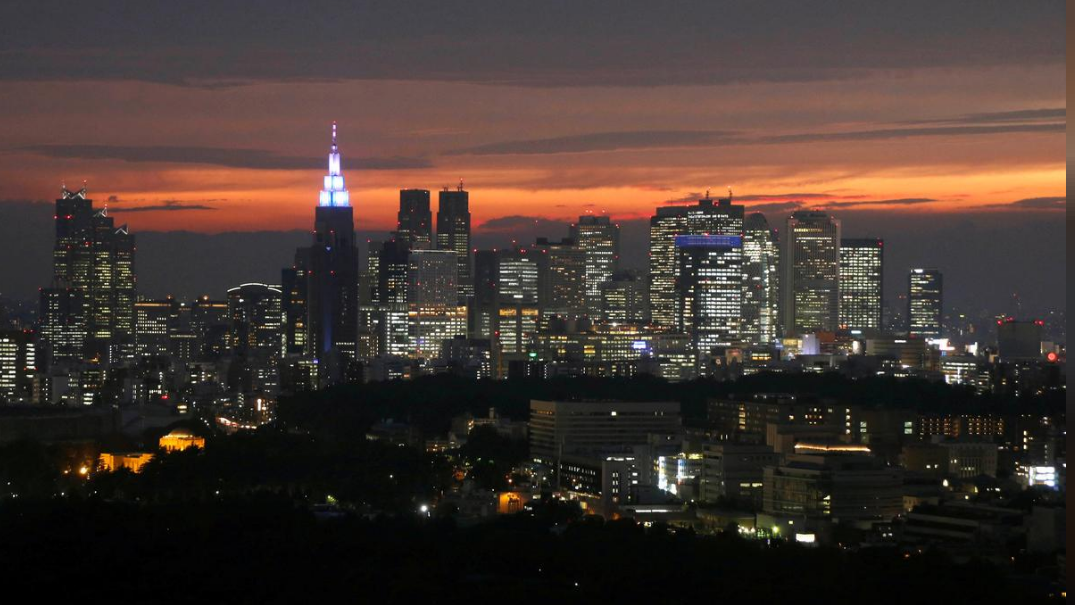Japanese government considers large-scale stimulus package for growth