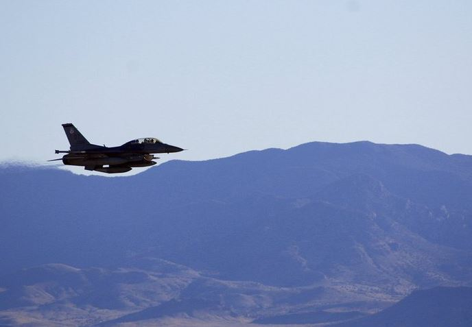 us jetfighter (ap).jpg
