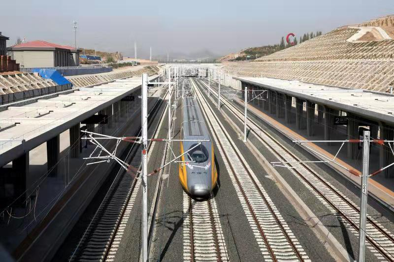Beijing-Zhangjiakou high-speed rail line to open this month
