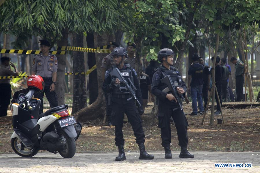 2 soldiers injured in grenade explosion in Indonesian capital