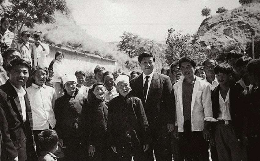 Xi's stories: Revisiting Liangjiahe for the first time in 1993