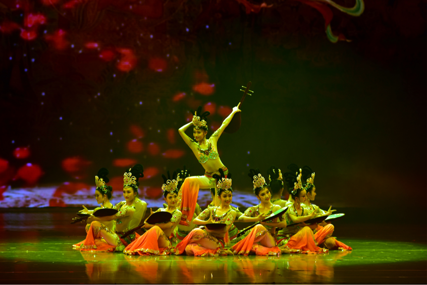 Dunhuang dance performance held in Lanzhou