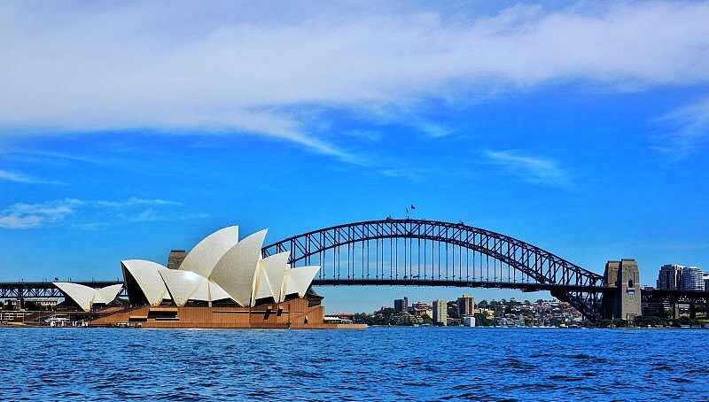 Australia's economy sluggish in September quarter