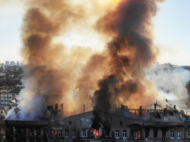 1 killed, 26 injured in college fire in southern Ukraine