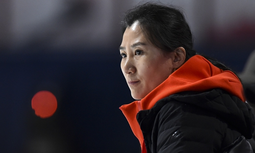 Chinese head coach resigns after Hungarian skater insults China online