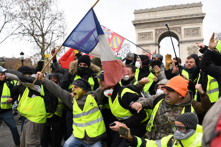 French unions call new strikes, protests over pension reforms on Tuesday