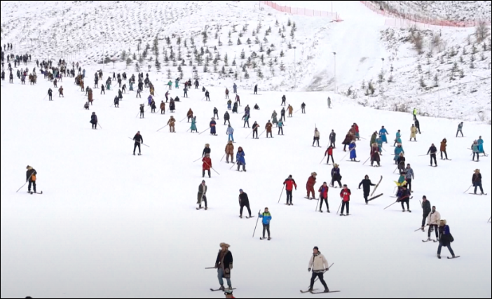 Tourism development helps improve livelihood in NW China's Xinjiang