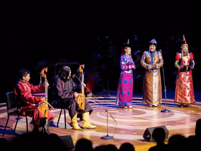 Artists celebrate 70 years of China-Mongolia ties
