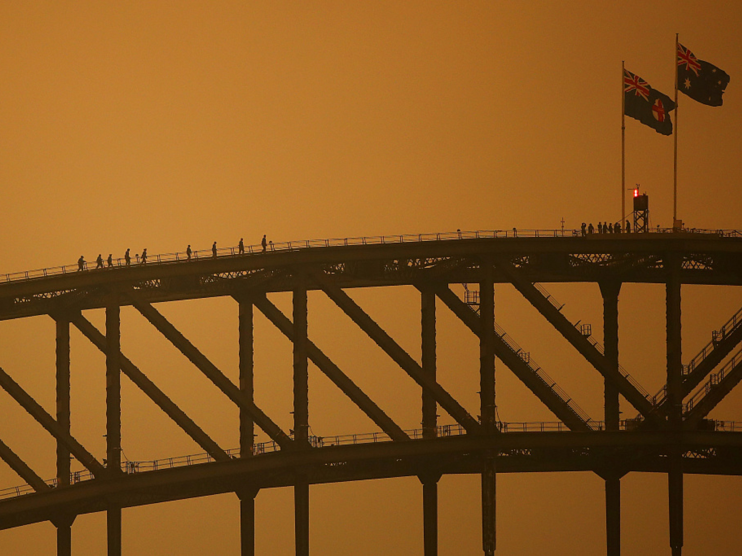 3 bushfires merge into inferno in Australia, with worse conditions ahead
