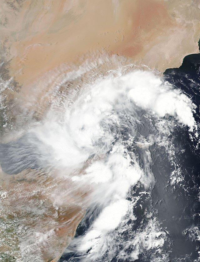 Tropical storm makes landfall in northern Somalia