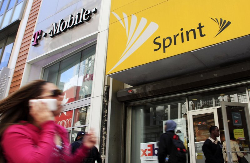US AGs look to head off T-Mobile-Sprint deal in court