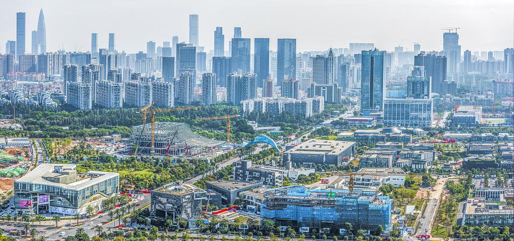 HK youth achieves entrepreneurial dream in Guangzhou