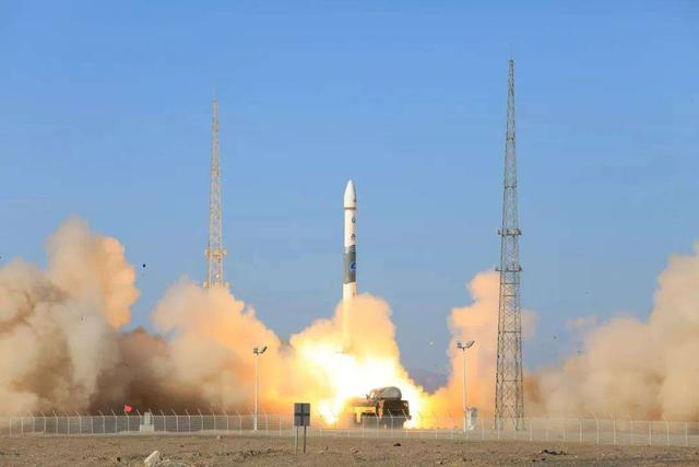 Tech China Weekly: new satellites, carrier rocket, self-cleaning concrete