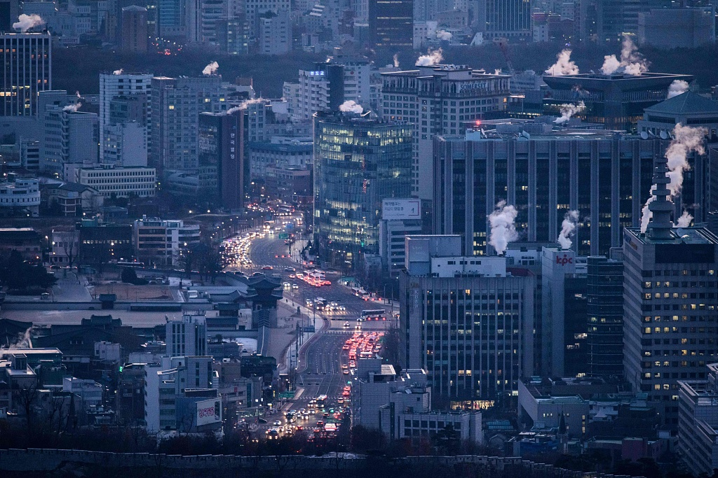 Foreign direct investment in S.Korea tops 20 bln USD for 5 years