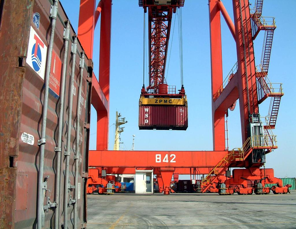 Economic Watch: China's trade sector firms up against headwinds