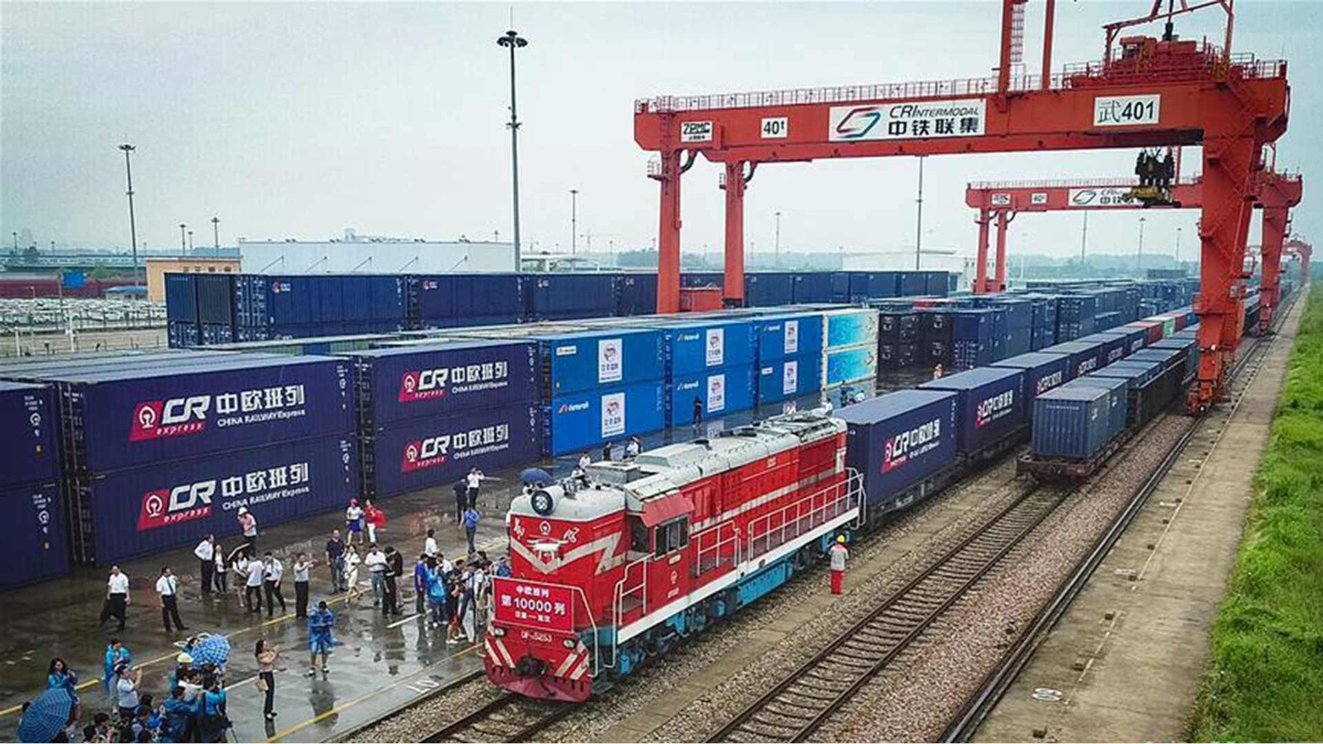China's foreign trade with B&R countries totaled 8.35 trillion yuan from January to November