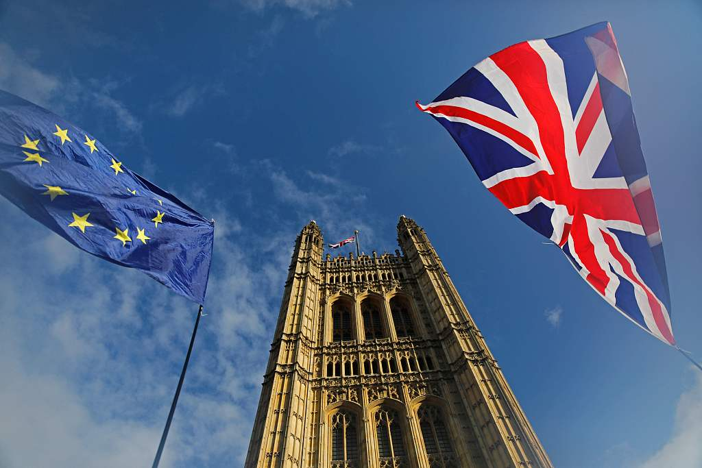 Youth vote an unpredictable factor in UK election