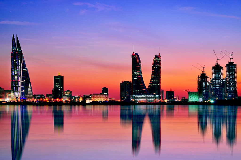Bahrain signs contracts with Chinese company for construction of mega housing project