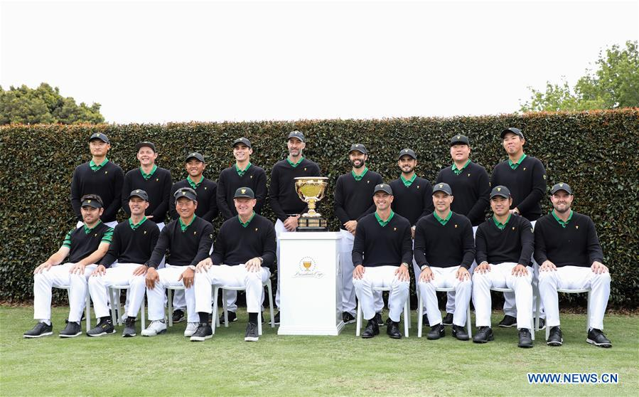 Players pose for group photo ahead of 2019 Presidents Cup