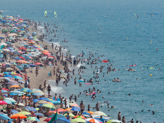 Expert warns climate change increasing risk of coastal flooding in Spain