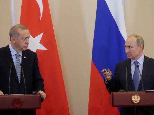 Putin, Erdogan pledge to continue military cooperation amid US sanctions