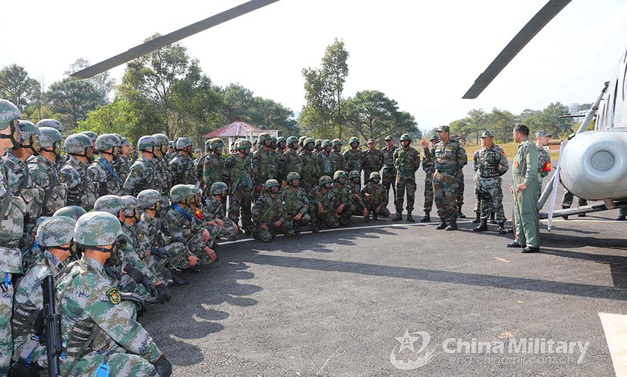 China-India troops practice insertion by helicopters