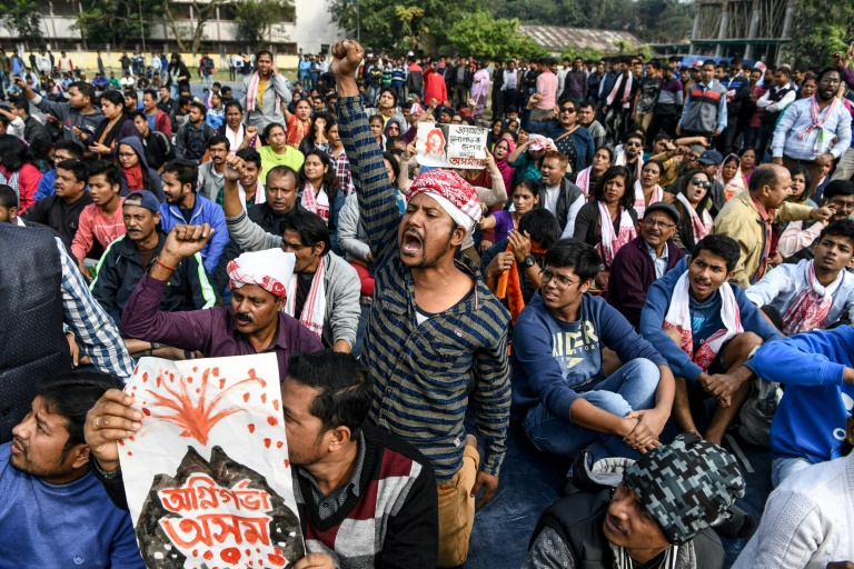India protests spread over 'anti-Muslim' law