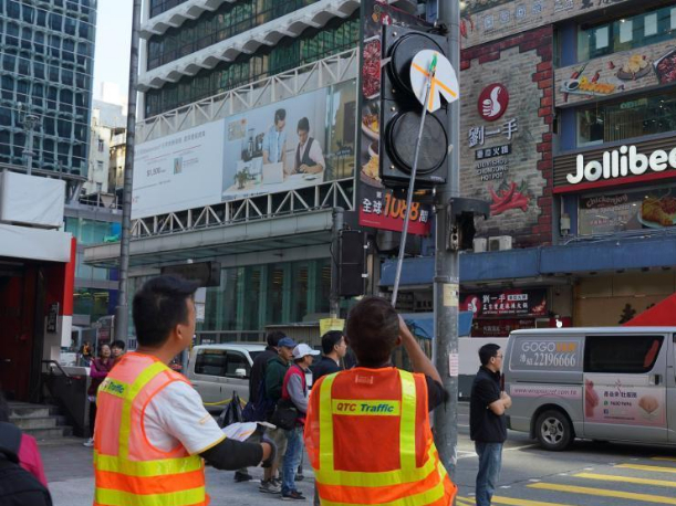 730 sets of traffic lights in HK have been damaged since June