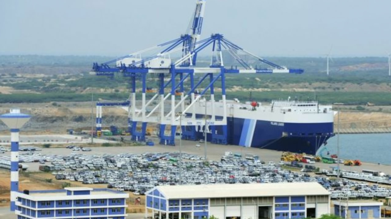 China welcomes Sri Lanka's working committee to accelerate port city project