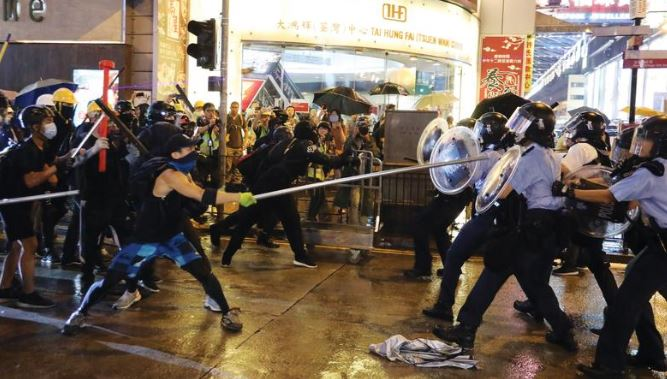 Attacks on Hong Kong bus services criticized