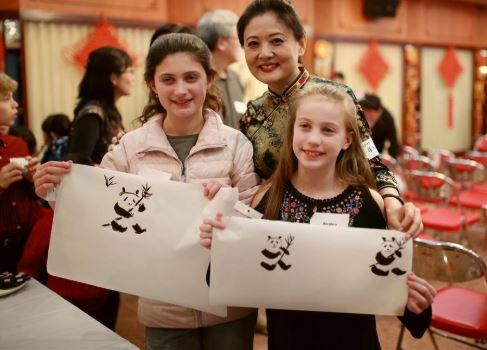 Adopted Chinese children and their American parents explore Chinese culture