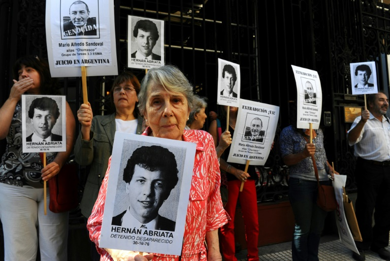 Suspect in 'dirty war' murder extradited to Argentina