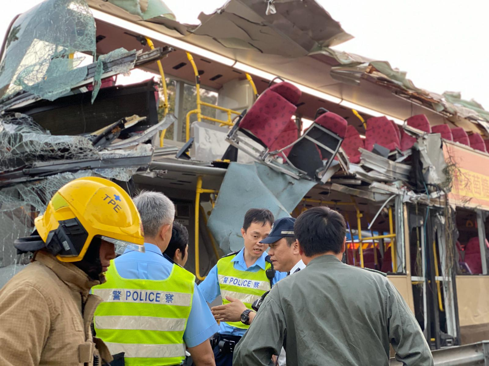 Death toll from Hong Kong bus crash rises to 6