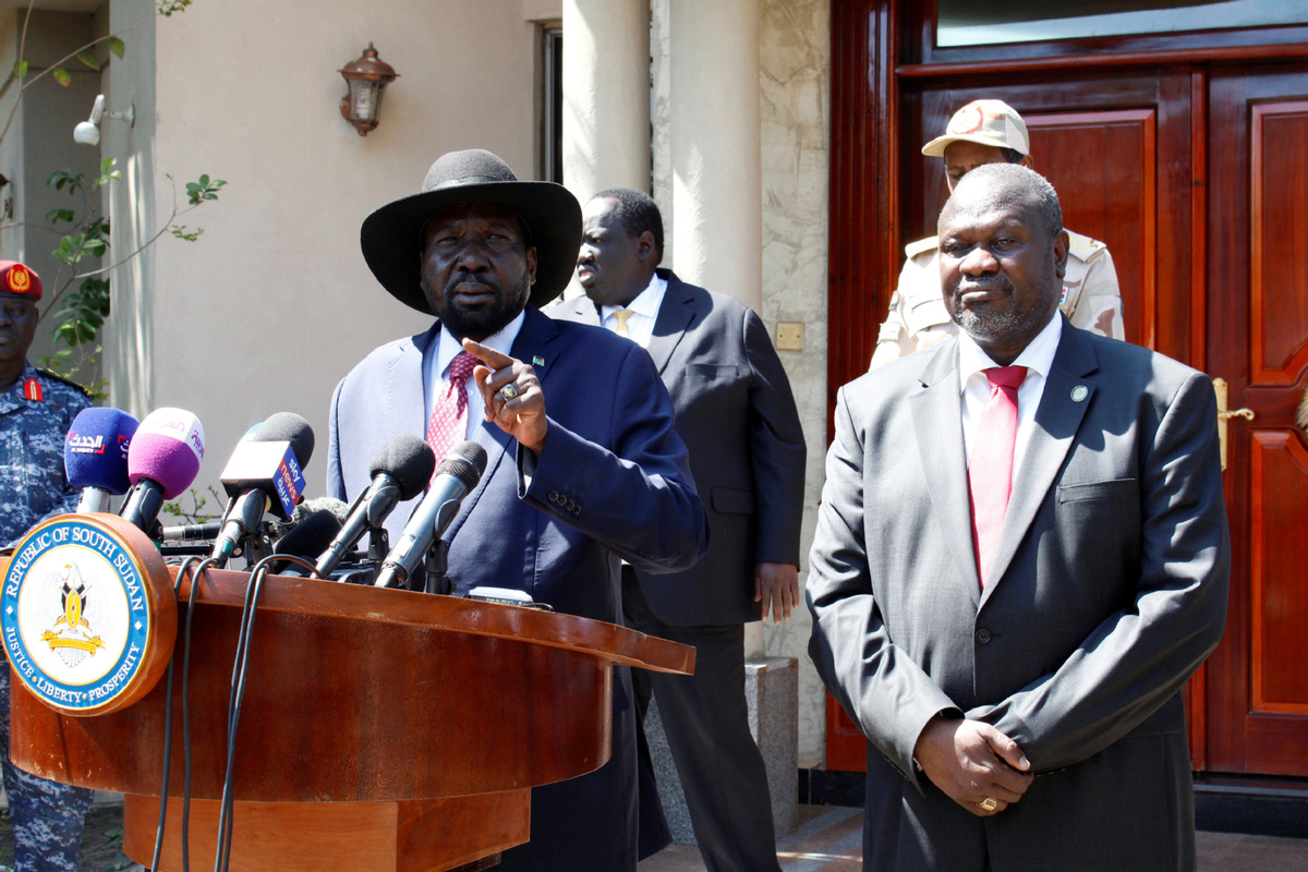 South Sudan leaders agree to form a unity government by mid-Feb