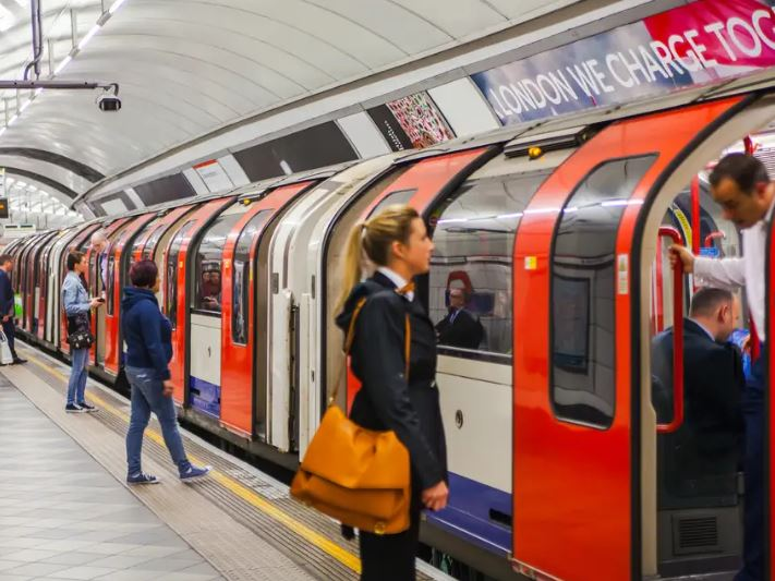 Urgent action needed to tackle air pollution in London underground