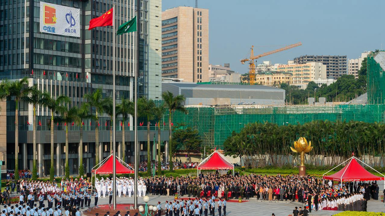 Portuguese PM hails success of 'one country, two systems' in Macao