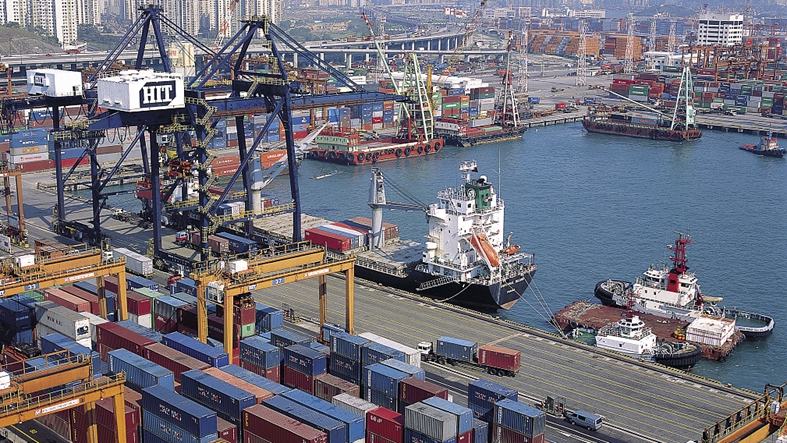 Hong Kong exports hit historical low, face unprecedented pressure