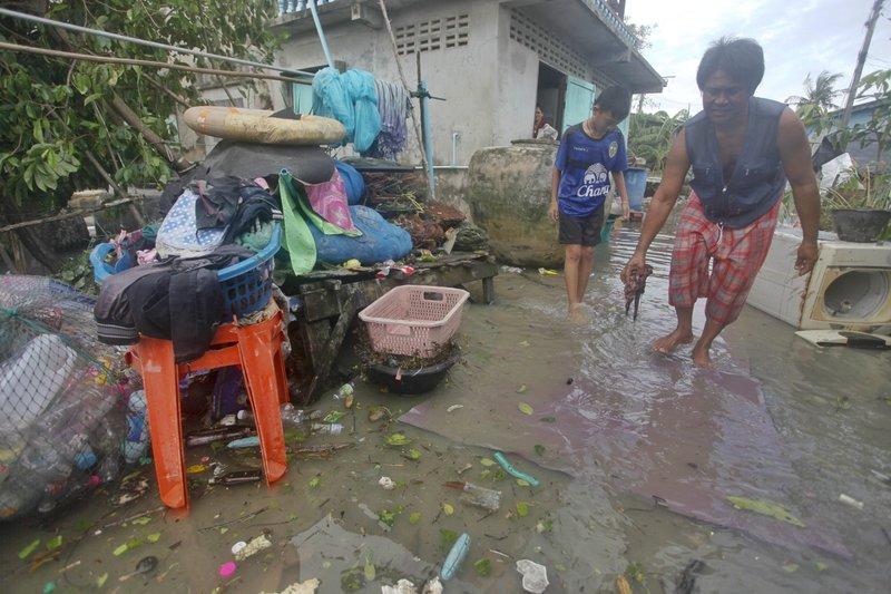 thailand flooding-AP.jpeg