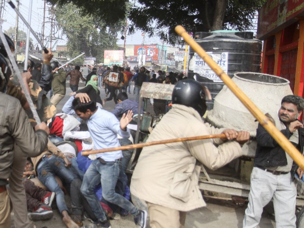 Fresh clashes over India law, death toll hits 14
