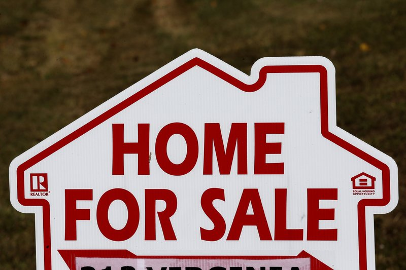 US home sales tumbled 1.7% in November