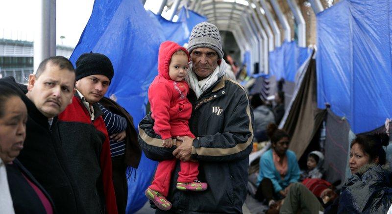 asylum families (ap).jpeg