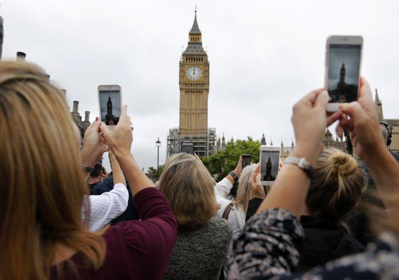Big Ben could signal end of Britain's EU membership on Jan. 31: report