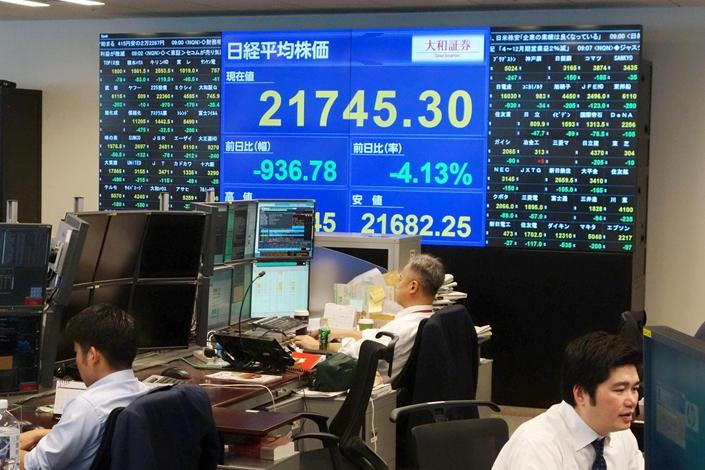 Tokyo stocks open essentially flat on Wall Street's rise, profit-taking