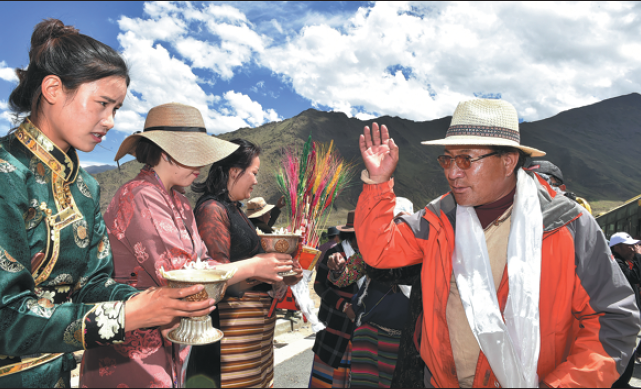 Last 19 impoverished areas in Tibet rise out of poverty